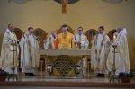 5-die-priester-am-altar-DSC_0074.jpg